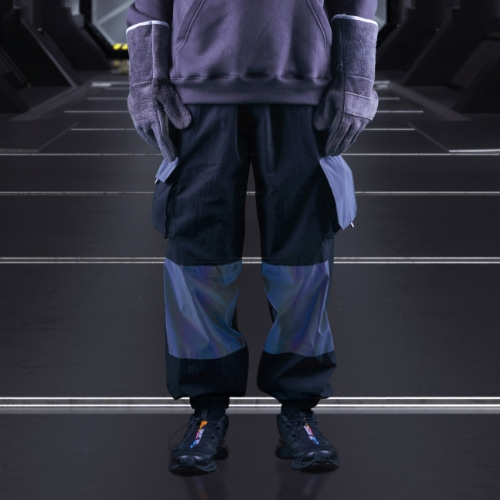 HOLOGRAM UTILTY CARGO PANTS