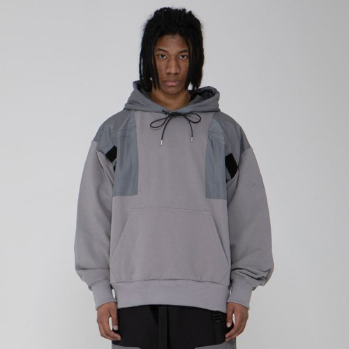 CHEST POCKET HOODIE GREY