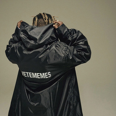 [쿠드그라스 연말 FINAL SALE] [VETEMEMES] VETEMEMES RAINCOAT (BLACK)