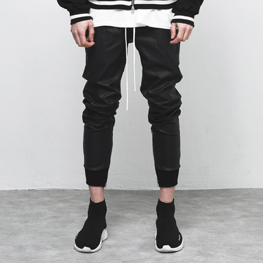 [D.PRIQUE] COATED JOGGER PANTS