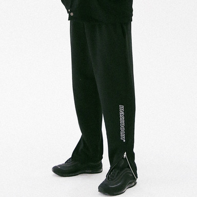 [MASSNOUN] SCOTCH LOGO SIDEZIP SWEAT JOGGER MFVTP001-BK