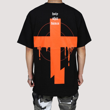 [FION] CROSS CUT T-SHIRTS BLACK