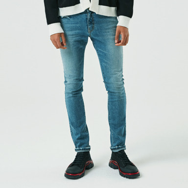 [ALLEYESONYOU] MEDIUM BLUE SLIM JEANS