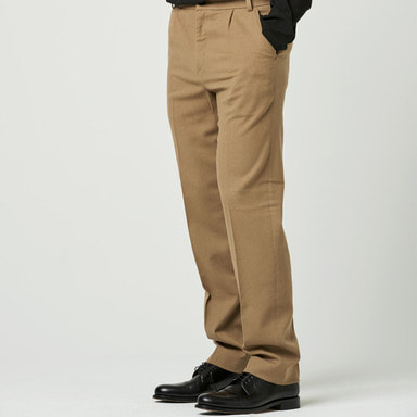 [NOVELLA] ONE-TUCK LONG SLIMS TROUSER BEIGE