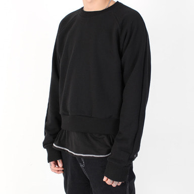[BURJ SURTR] STITCH CROP CREW NECK (BLACK)