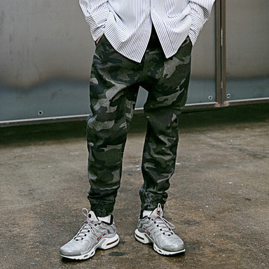 [4/13 예약발송] [MASSNOUN] NOR BANDING JOGGER DENIM CAMO PANTS MSEJP007-CM