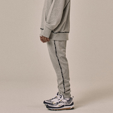 [OVERR] 18SS LOGO TAPING GRAY PANTS