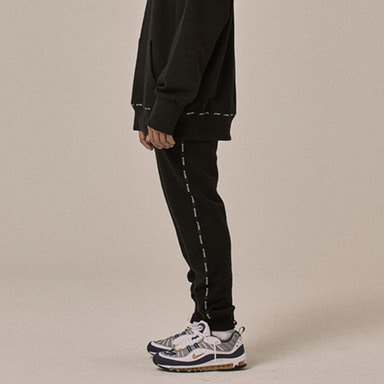 [OVERR] 18SS LOGO TAPING BLACK PANTS
