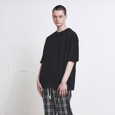 [신상발매기념 10% SALE] [DPRIQUE] OVERSIZED BASIC T-SHIRT (BLACK)