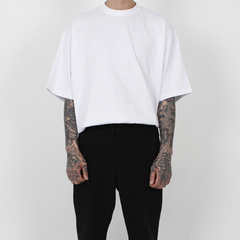 [BURJ SURTR] BASIC BOX T-SHIRT (WHITE)