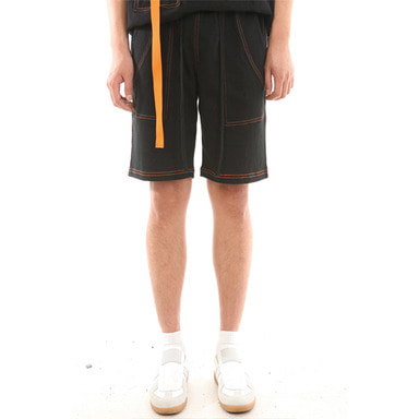 [LANG VERSIO] ORANGE STITCH 1/2 PANTS (BLACK)