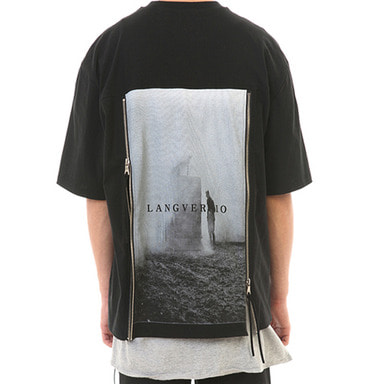 [SUMMER SALE 20% OFF] [LANG VERSIO] BLACK ZIPPER PRINTING 1/2 TEE (BLACK)