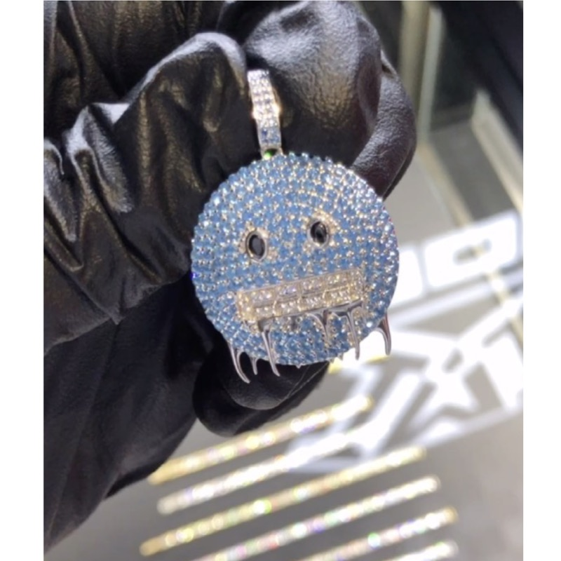 FREEZE PENDANT