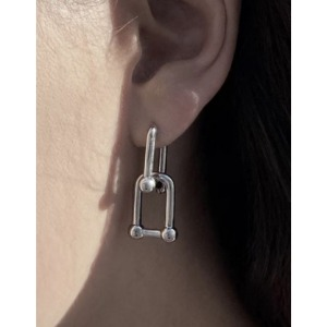 U-LOCK DROP EARRING